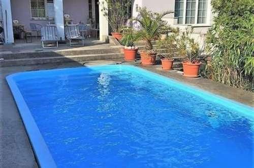 ***!!! Urlaubsflair im eigenen Garten - sehr großes Einfamilienhaus mit Swimmingpool - Bieterverfahren !!!***