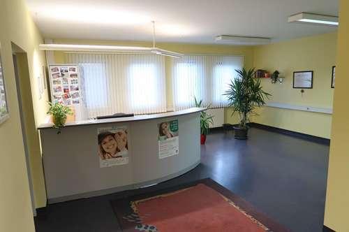 Zahnarztordination voll installiert und teilmöbliert