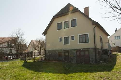 Vermiete Haus in ruhiger Siedlungslage 10 Gehminuten vom Zentrum der Stadt Zwettl