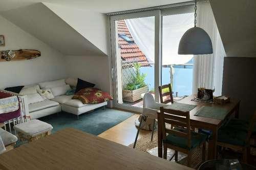 Hallein/Adnet: 3-Zi.-Maisonette-Whg. mit 2 Balkonen + Dachterrasse + Parkplatz + Gartennutzung