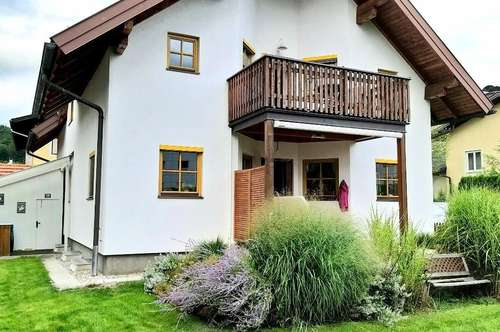 SBG/Bergheim: Tolles Ein- bzw. Zweifamilienhaus mit zwei unabhängigen Wohneinheiten + Garten und Garage