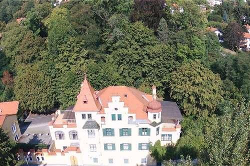 Villa mit Stil am Grazer Stadtrand mit herrlicher Grünanlage