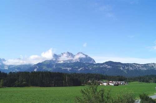 Traum-Haushälfte mit Kaiser- und Hornblick