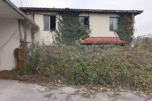 Sanierungsbedürftiges, entkerntes Wohnhaus im Zentrum von Wies
