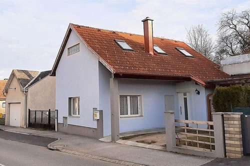 Wunderschönes, heimeliges Haus - zwischen Baden und Wr. Neustadt!