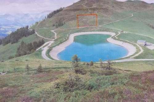 Großes Grundstück an der Skiabfahrt