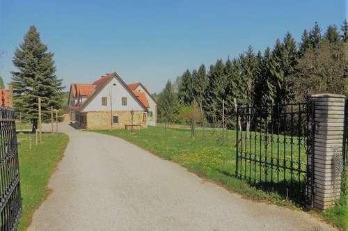 Bauträgergrundstück mit teilsaniertem Alt-Bauernhaus - ca.960m² NNFL realisierbar