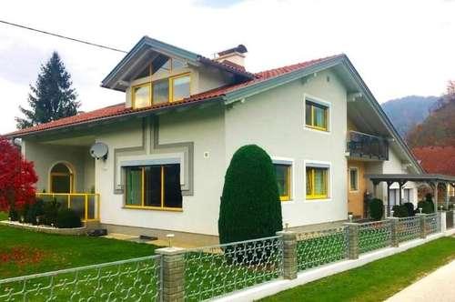 Großzügiges Haus im Grünen mit zwei Wohneinheiten