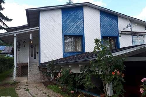 Einfamilienhaus in ruhiger Lage mitten im Grünen mit viel Potenzial!