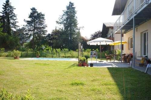 Großzügiges Haus mit Pool im Süden Salzburgs