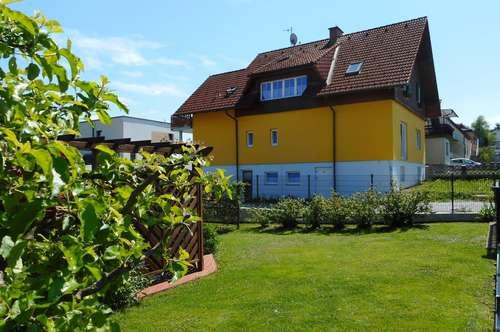 Romantische 3-Zimmer Dachgeschosswohnung (Hausetage) in ruhiger Siedlungslage von Lannach!