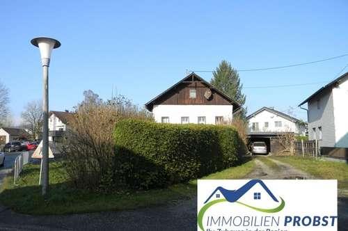 Älteres Haus mit 536 m² Grundstück im Zentrum von Frankenburg