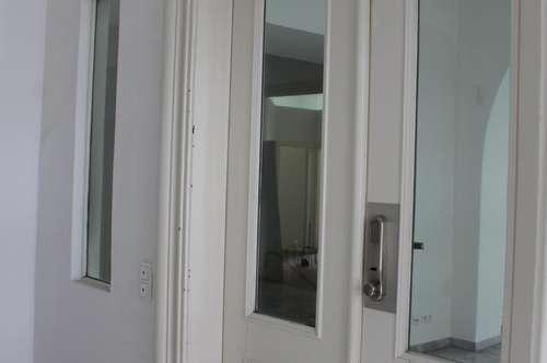 Provisionsfrei - Repräsentatives Büro mit gr. Seminar- / Konferenzraum