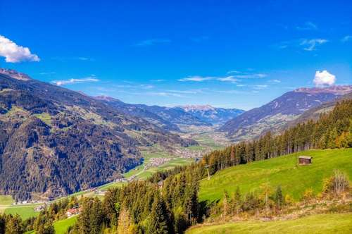 RARITÄT: absolute Traumimmobilie mit Blick über das Zillertal und Freizeitwidmung!! mit Ski erreichbar
