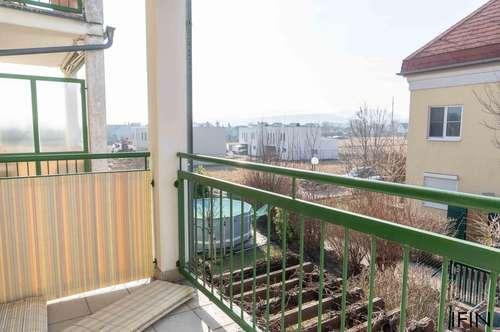 Sonnige, ruhige 4-Zimmer-Wohnung mit Garage und Balkon - am Land doch in kurzer Zeit in der Stadt!