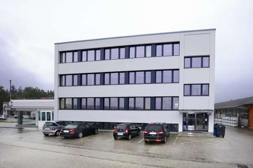 Gestaltbare Bürofläche in zentraler Lage an B1 - nahe Wels