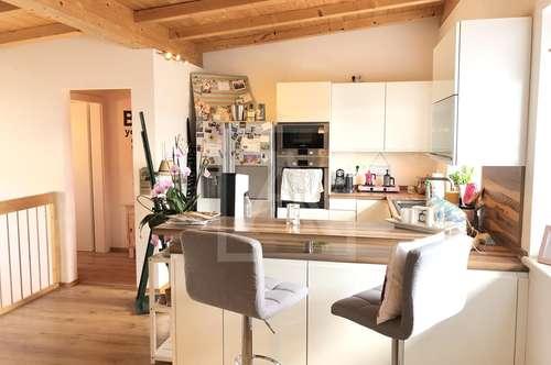 Traumhafte Maisonetten-Wohnung mit Dachterrasse und Festungsblick