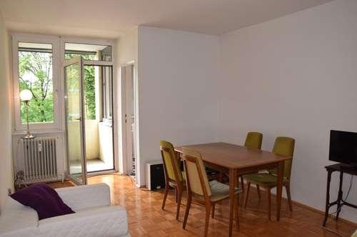 RIEDENBURG: Praktische Single-Wohnung mit Loggia, 34m2