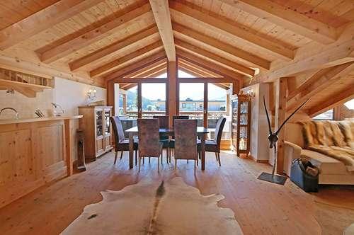 Perfekt geschnittene Dachgeschoßwohnung mit viel Komfort in Bestlage Kirchbergs