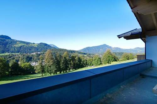 Dachgeschosswohnung in Naturlage