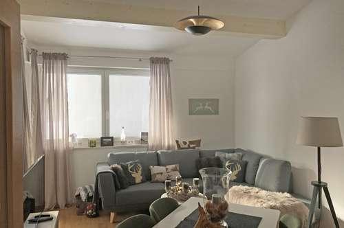 Entzückend gestaltete Wohnung mit Sonnenbalkon