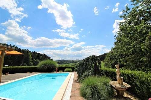 Luxuriöses Einfamilienhaus in Waldrandlage - 20 Minuten von Graz entfernt!