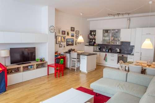 Provisionsfrei Helle 3,5 Zimmer mit Balkon nahe U3 Hütteldorfer Str. / Commission free bright flat with balcony near U3 Hütteldorfer Str.