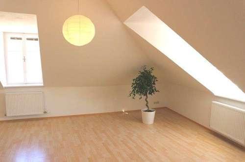 Charmante Wohnung / Schillerstraße Graz / Uni-Nähe / Herz-Jesu