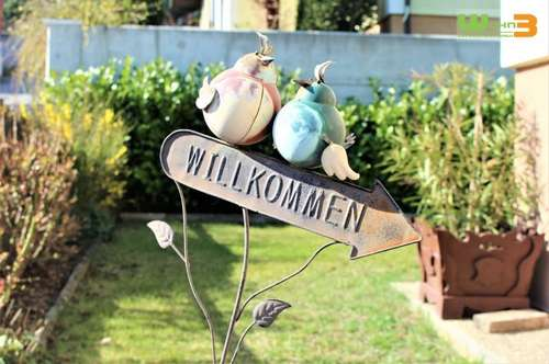 VOLLUNTERKELLERTES EINFAMILIENHAUS! SEHR GEPFLEGT! RUHE PUR IN HAINBURGER AUSSICHTSLAGE! GARTENRAUM UND GARAGE!
