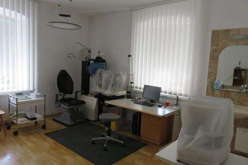 JENBACH: 140 m2 Büro-/Ordinations-/Therapieräumlichkeiten zu vermieten
