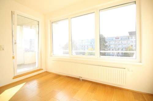 Hochwertige 3-Zimmer-Wohnung mit Loggia