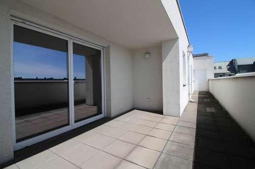 Großzügige 4-Zimmer-Wohnung mit Dachterrasse in ruhiger Lage