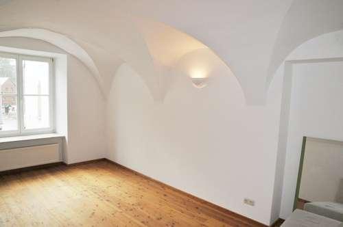 Wohnung / Büro / oder Ordination