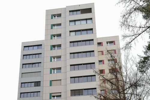 Sonnige 5 Zimmer Innenstadt Wohnung in Aussichtslage