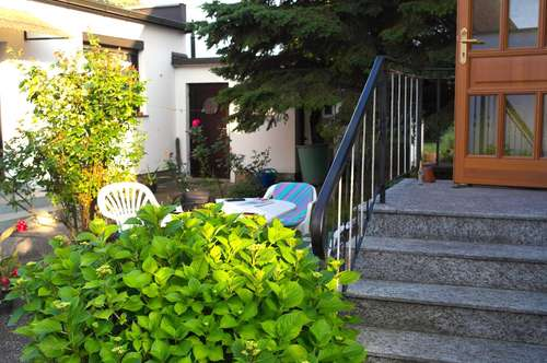 Gemütliches Haus in Neunkirchen mit 2 Wohneinheiten zu verkaufen!
