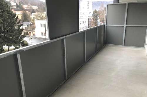 Erstbezug - schöne 2-Zimmer-Wohnung mit großer Außenfläche