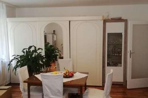 Wunderschöne sanierte 3 Zimmer Wohnung im Zentrum von Baden