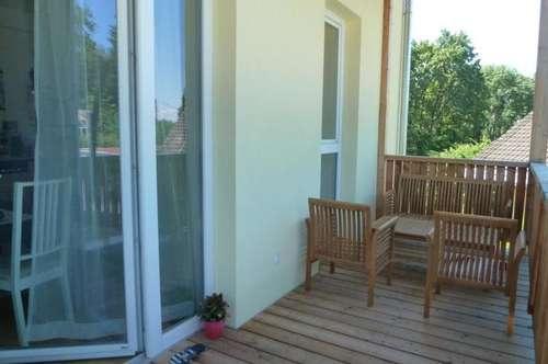 Nähe UNI und LKH: WG-taugliche 3-Zimmer-Wohnung mit Westbalkon und Parkplatz!