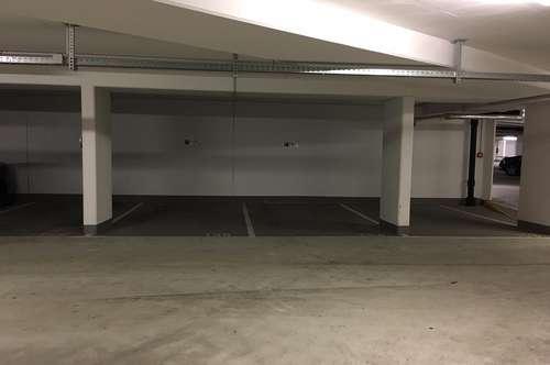 Tiefgaragen-Parkplätze nahe Bahnhof, CityPark günstig zu vermieten