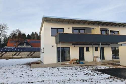 **TOP 31** TRAUMHAFTES Doppelhaus in Ziegelmassiv mit großem Garten, im Süden von Graz, perfekt für ihre Familie **PROVISIONSFREI für den Käufer**