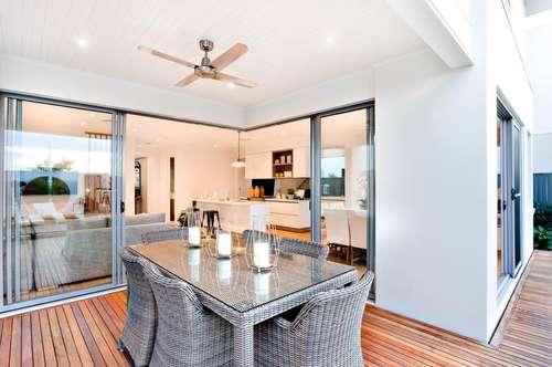 Top 8: Traumhafte sonnige Wohnung in ruhiger Lage mit großem Balkon