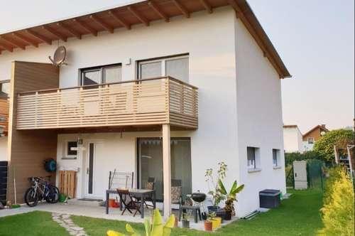Exklusives, sonniges Reihenhaus mit großem Garten, 89 m2 mit großzügiger Terrasse, PROVISIONSFREI für den Käufer
