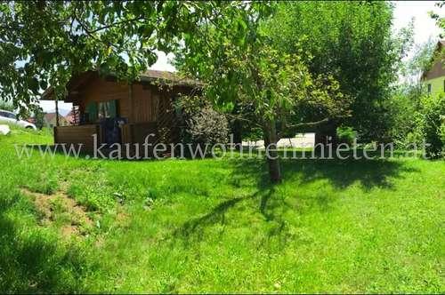 Traumhafter Baugrund mit Gartenhütte