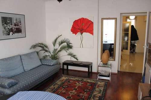 Komplett möblierte Wohnung in zentraler Lage