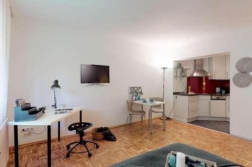 Ruhig gelegene 1 Zimmer-Wohnung. Ideal zum Selbstbewohnen oder als Anlageobjekt (freier Mietzins)