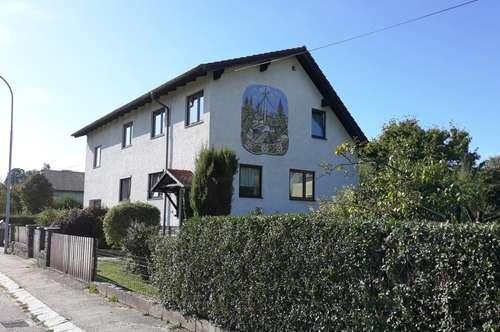 Großzügiges Einfamilienhaus mit großem, gepflegtem Garten - Ruhelage