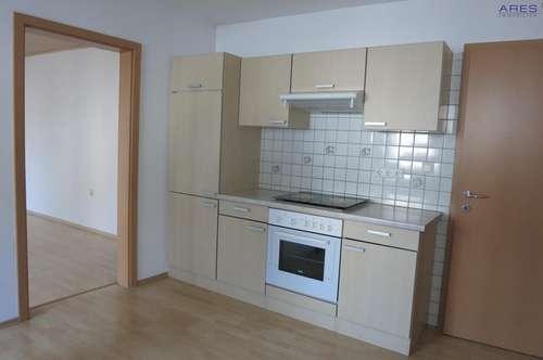 Langenlois: Renovierte 2,5 Zimmer-Mietwohnung, Preis inkl. BK und Heizkosten