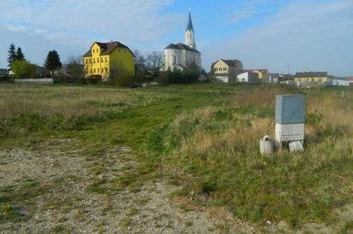 Baugrund Nähe Freibad und Kindergarten