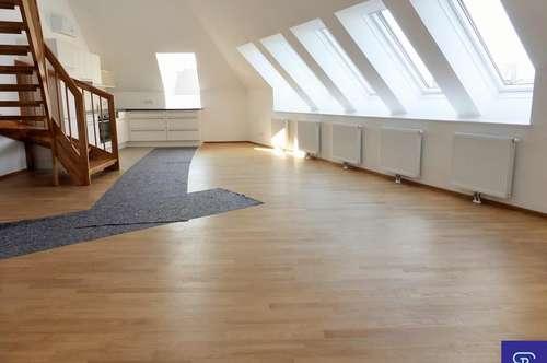 Unbefristete 123m² DG-Wohnung + 19m² Terrasse mit Einbauküche - 1090 Wien