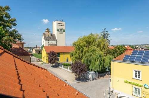 Wunderschöne Dachgeschosswohnung - WG geeignet